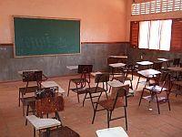 Ein komplettes Klassenzimmer verschenken